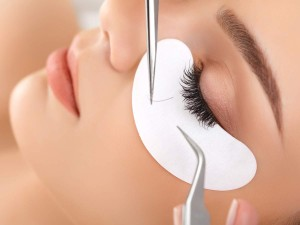 Eyelash-extension-pic